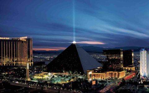 Luxor1