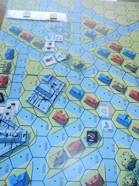 T5ジオン軍 ガンキャノン02号機を損耗・気絶させる