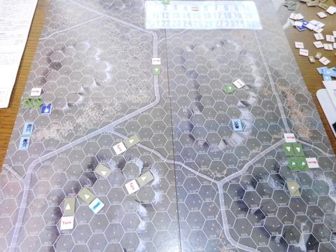 T5F2 右翼のT34は一時後退