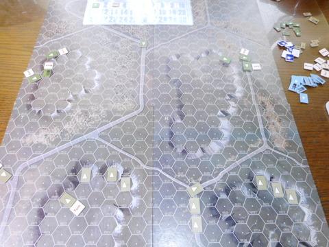 T3F1 左翼は丘に撤収開始、右翼へ増援