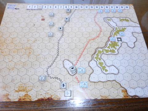 T3 東側で戦車が接触、歩兵が側面攻撃をするも戦果なし