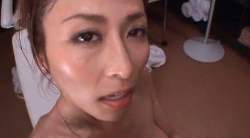 【朝日奈あかり】SEX後の容赦ない亀頭攻めで男の潮を搾り取る痴女エステ