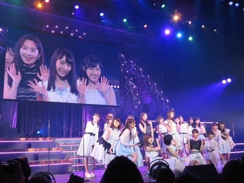 【AKB48】「君はメロディー」元祖神7が宮脇咲良を囲むフォーメーションな件www