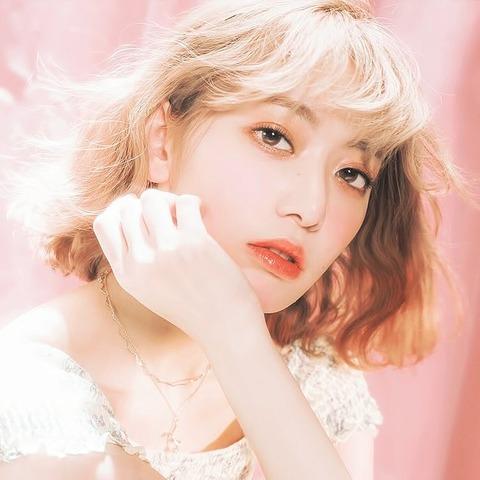 【朗報】女子卓球界のエース平野美宇さん、IZ*ONE宮脇咲良を今一番好きな有名人に挙げる!