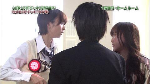 今更だけど何で篠田麻里子は仁藤と萌乃にブチギレたの?