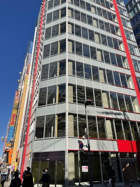 【衝撃】秋葉原の一等地ビル、丸々空でテナント募集になってしまうwwywwywwywwy