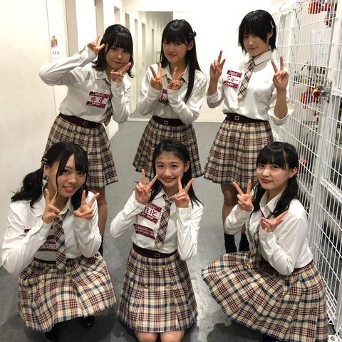 【NMB48】塩月希依音ちゃん(13歳)が生放送中に盛大にリバースwww