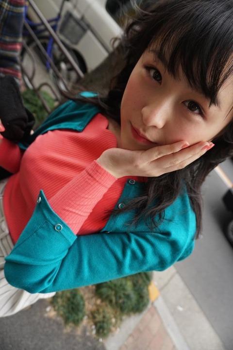 【朗報】さややがニットおっぱいで童貞を殺しにかかるwww【AKB48・川本紗矢】