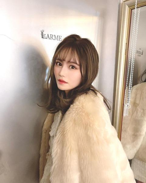【AKB48】込山榛香ちゃんが、またLARMEの撮影に参加!