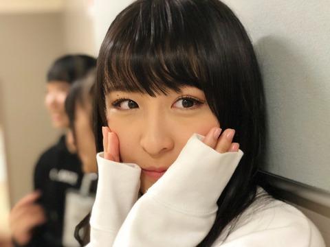 【AKB48】福岡聖菜さんがiPhoneXのポートレートと普通カメラの違いを大天使さややを使って解説