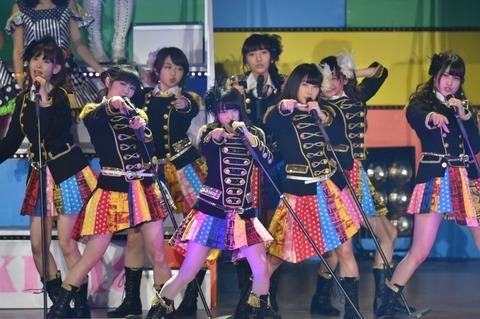 AKB48はなぜ、センターを向井地美音に切り替えないのか