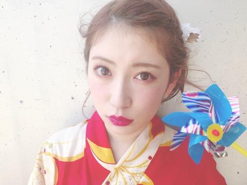 【NMB48】吉田朱里の化粧さすがに濃過ぎてワロタwww【握手会】