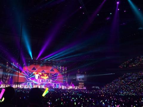 AKB48の大箱コンサートってもっと満足感あるものに出来ないの?