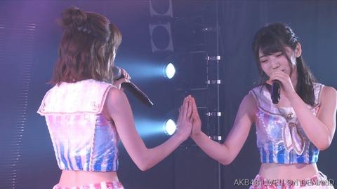 【AKB48】ゆいりーはいつもワキの処理が甘いな!【村山彩希】