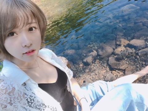 【画像】AKB48市川愛美さんの谷間キタ━━━(゚∀゚)━━━!!