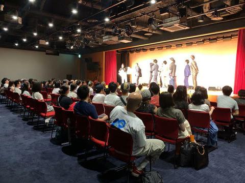 【悲報】船を失ったSTU48の新劇場(吉本の劇場)が狭すぎて全く当たらないと批判殺到