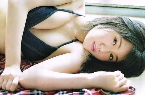 【AKB48G】お前らが好きなメンバーのお気に入り水着グラビアを貼ってけ
