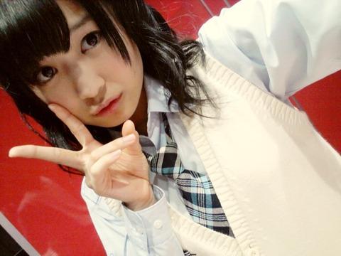 【悲報】NMB48植田碧麗が握手会で泣いてる
