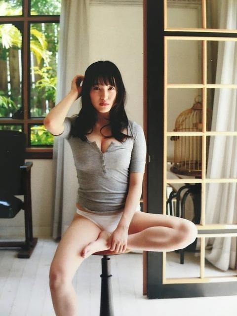 【HKT48】ぴっちぴちの服を着た田島芽瑠ちゃん(*´Д`)ハァハァ