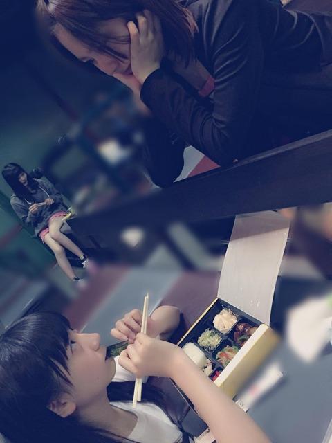 【AKB48】普段食べられない高級弁当に驚くせいちゃんwwwwww【福岡聖菜】