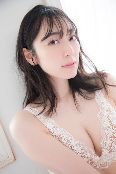 【元AKB48】ピアニスト松井咲子29歳の下着姿をご覧ください
