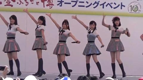 【AKB48】チーム8岡部麟、石川イベントで衣装がズリ落ちるwww