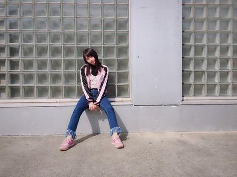 【AKB48】木﨑ゆりあの私服が西城秀樹っぽくてダサいwwwwww