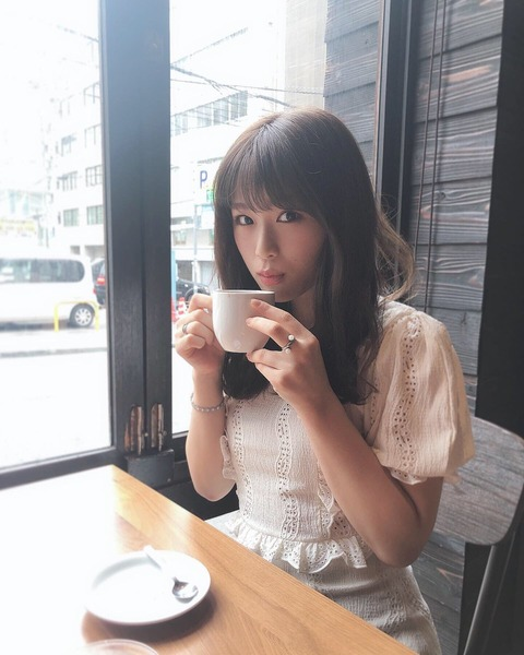 【NMB48】なぎちゃんがコーヒー飲んでまったりしてる【渋谷凪咲】