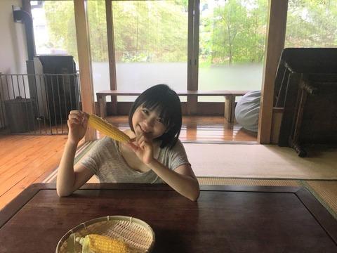 【悲報】SKE48エース小畑優奈ちゃんが茶まんじゅうみたいになってる
