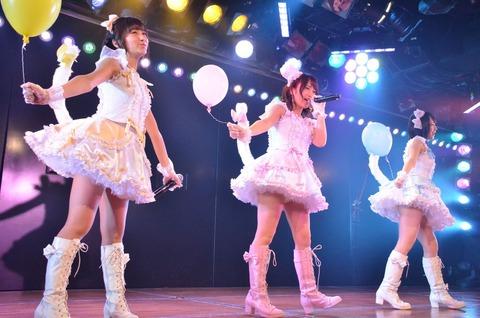 【AKB48G】スカートの中から伸びる太ももがたまらんメンバー【画像】