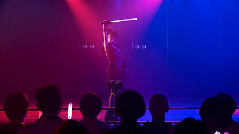 【AKB48】「愛しさのアクセル」のライトセイバーが復活!!!【向井地美音】