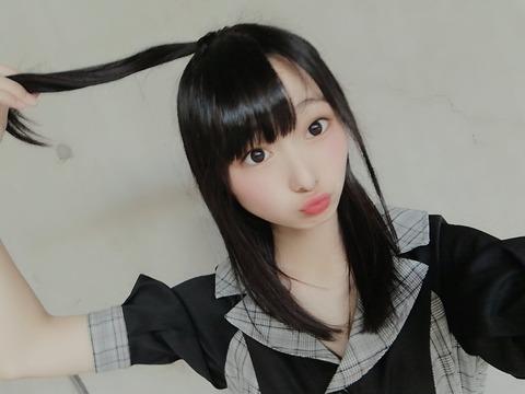 【NMB48】三宅ゆりあちゃん「2ショット撮って握手するだけじゃつまらんなあ・・・せや!」