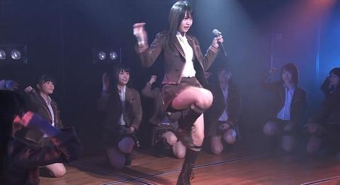 【AKB48】こじまこの太ももオンステージ【小嶋真子】