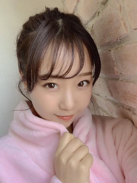 【朗報】またNMB48のお〇ぱいちゃんが月刊エンタメw【加藤夕夏】
