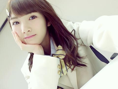 岡田奈々「AKB48での立ち位置を確立して、絶対的人気を獲得してから外に出て行きたい」