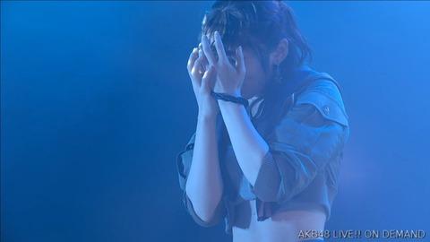 【AKB48】牧野アンナ「ヤバいよ!ついて来れんのか?!」公演のGreen Flashのパフォーマンスがキモ過ぎる