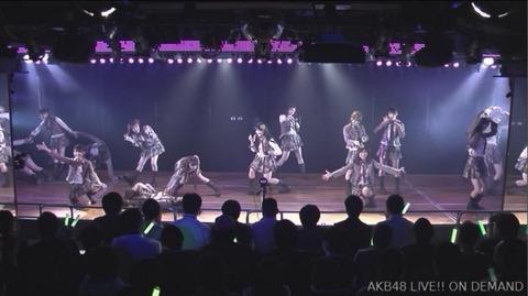 AKB48劇場のセンター前に謎のカメラが設置されている件