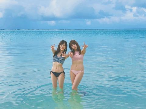 【朗報】さや姉とあんにんの最新水着画像キタ━━━(゚∀゚)━━━!!【山本彩・入山杏奈】