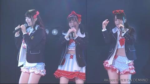 【画像】ゆかるんの制服ビキニがめちゃシコだったんだが【AKB48・佐々木優佳里】