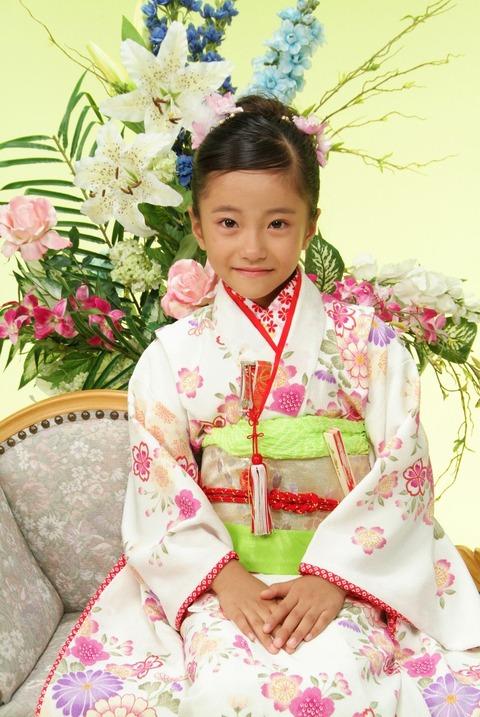 【NMB48】7歳の小嶋花梨ってロリ好きおじさん的にどうよ?