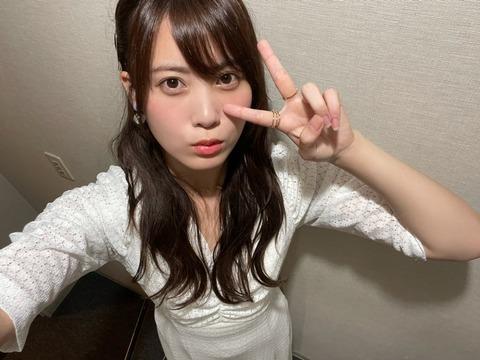 【AKB48】チーム8岡部麟「ゆうかりんお帰り!ずっと待ってたよー!またみんなで一緒に頑張ろうね!!」←なぜこれが言えないのか?