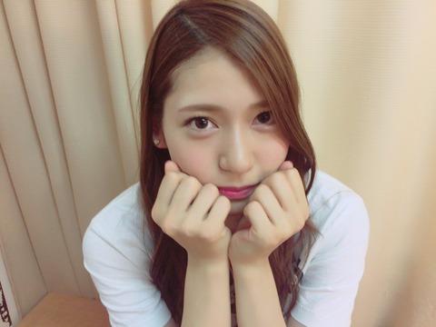 【AKB48】武藤十夢に写真を撮られて照れる茂木忍が可愛いwww