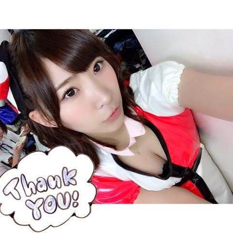 【悲報】ワイ、わさみんの谷間で抜く【AKB48・岩佐美咲】