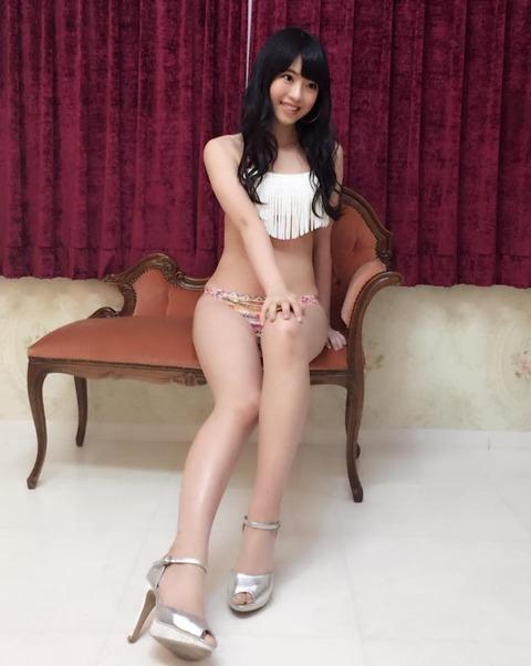 【AKB48】茂木忍と馬嘉伶の水着キタ━━━━(゚∀゚)━━━━!!