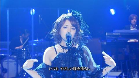 AKB48のライブも生バンドでやろうぜ!!