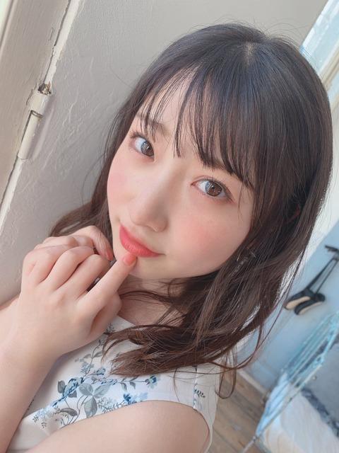 【NMB48】 堀ノ内百香 「いつもと少し違った雰囲気です」【#Ray 5月号】