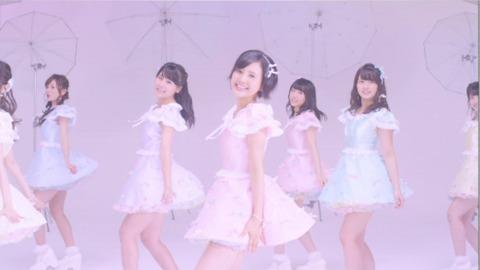 【AKB48】今更だけど42thの「君を君を君を…」の歌詞って結局どういう意味?