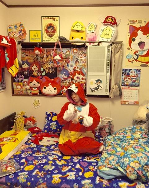 【画像】AKB48田名部生来の部屋がヤバイと話題に