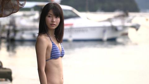 【AKB48】ゆいはんのおっぱいってパッド入れてもこんなもんなのかよ・・・【横山由依】