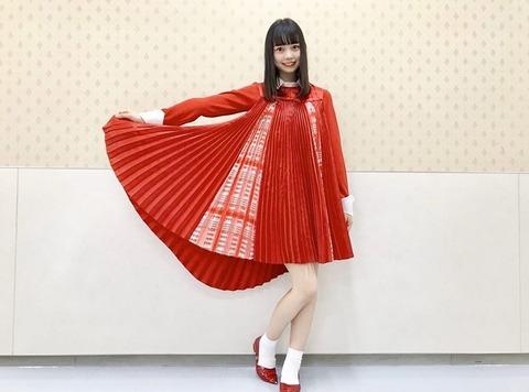 【悲報】AKB48大盛真歩「NGTの衣装を着れて、本当に嬉しくて夢の叶った瞬間でした」